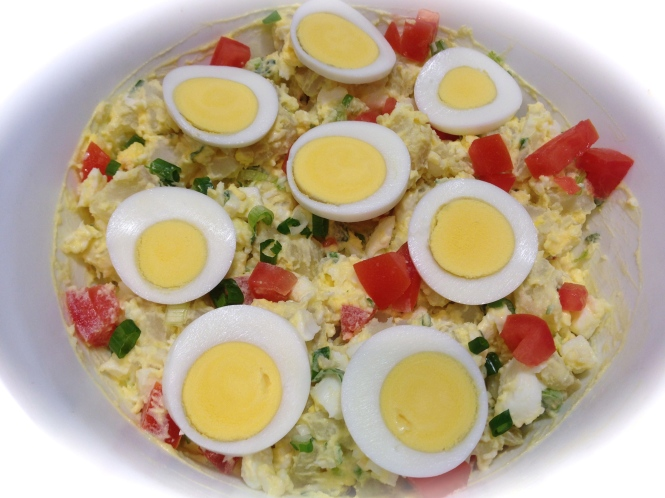 Tomato Potato Salad With Egg Garnish