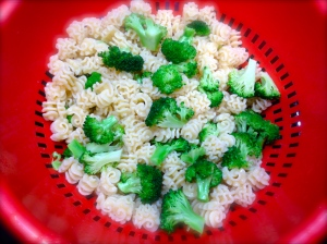 Rinse the pasta and broccoli immediately in cold water