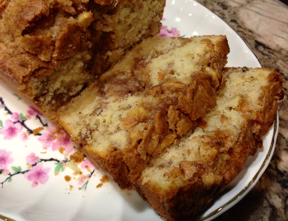Apple Walnut Cake... (3/4)