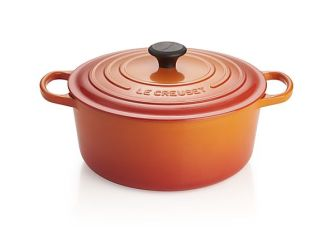 le-creuset-signature-7.25-qt.-flame-round-french-oven