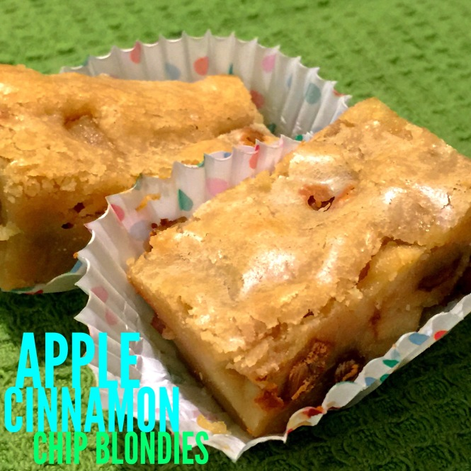 Apple Cinnamon Chip Blondies